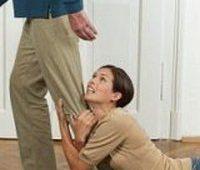 Муж бросил беременную жену. Что делать? фото